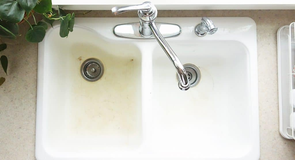 How To Clean A White Enamel Sink To Look Like New